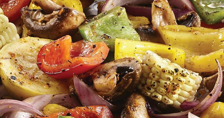 Салат из копченых овощей