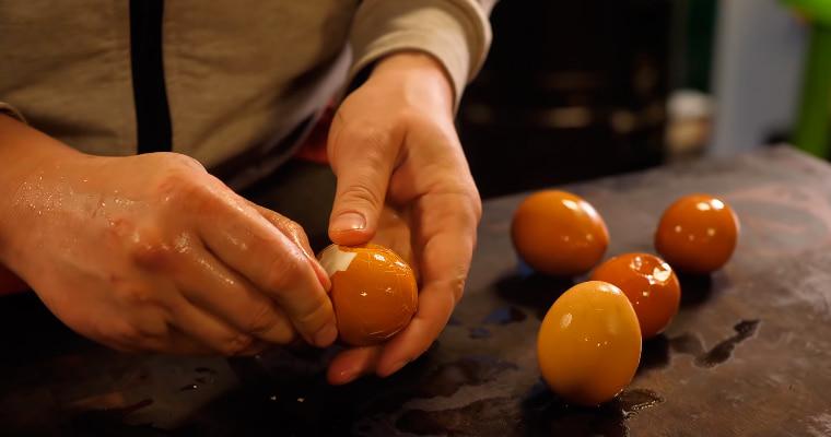 Чистка яиц
