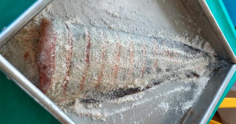 Засмолка рыбы сухим методом