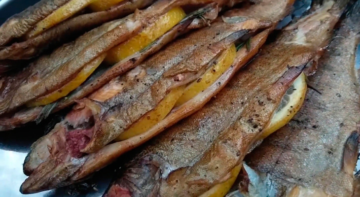 Копченая рыба на гриле