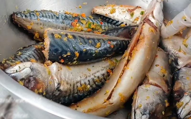 Полужидкое маринование рыбы бульонными кубиками