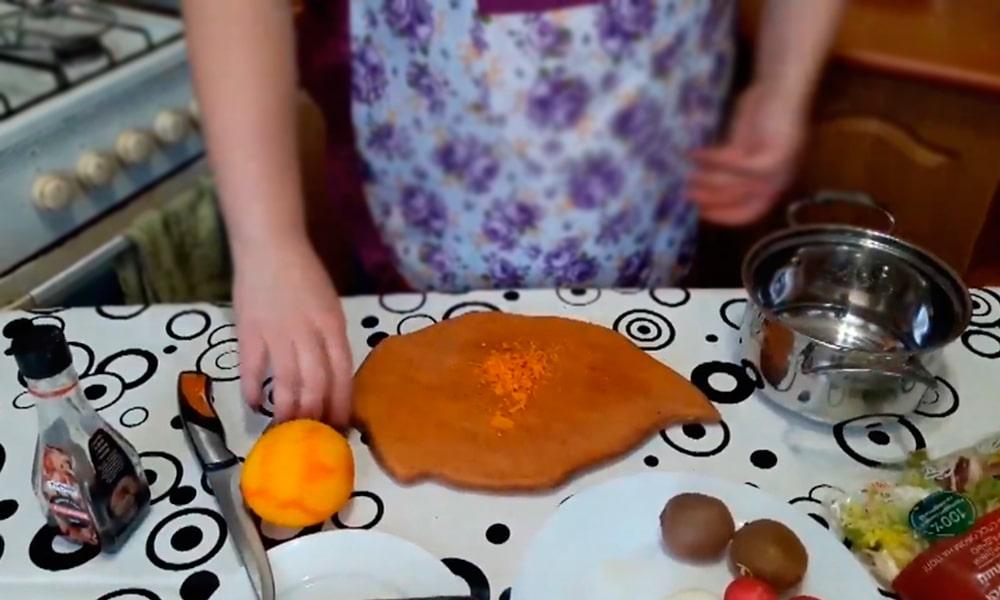 Мелкая цедра апельсина